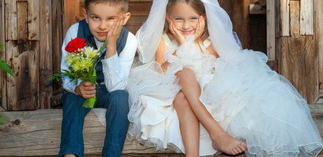 Kinder auf der der Kinderbetreuung zur Hochzeit.